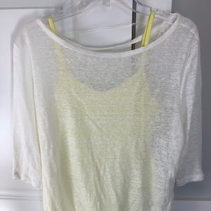 Women's MPG top. NWOT. Size Small.